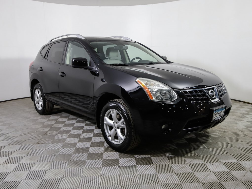 Pre-Owned 2008 Nissan Rogue SL AWD HLTHR MR