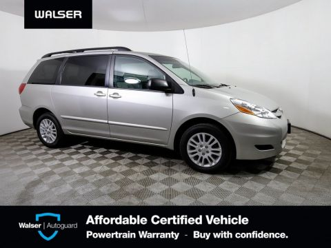 Pre-Owned 2009 Toyota Sienna LE 7-Passenger